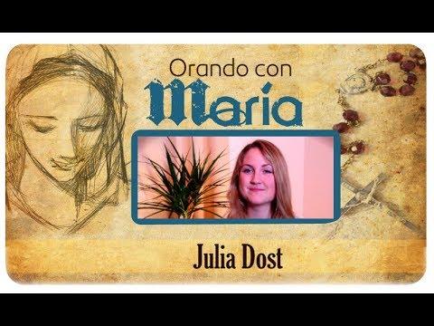 Orando con María