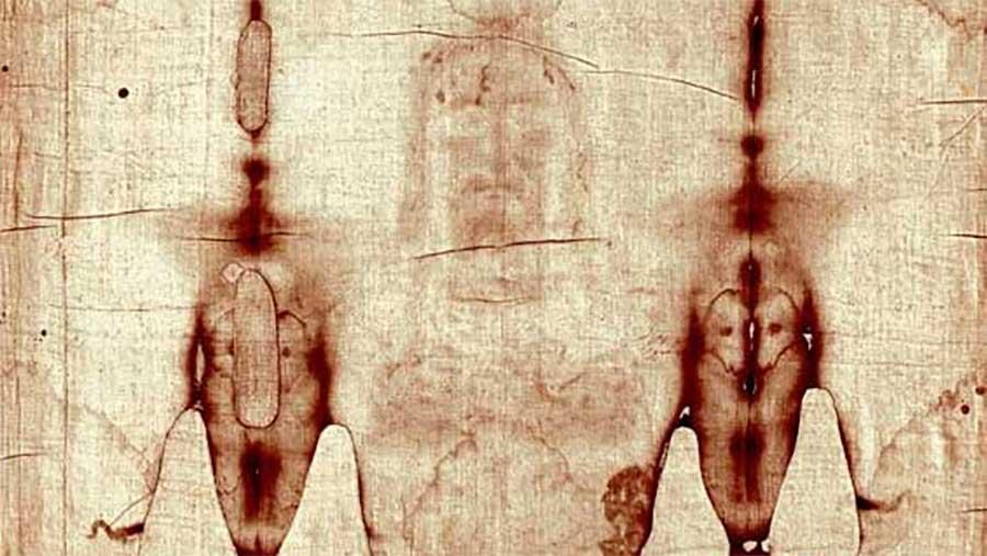El Papa Francisco utiliza la imagen del Cristo de la Sábana Santa para dar esperanza al mundo