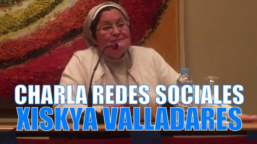 Xiskya Valladares hablando de evangelizar en las redes sociales