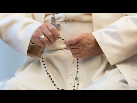 El PAPA FRANCISCO nos convoca a rezar el SANTO ROSARIO