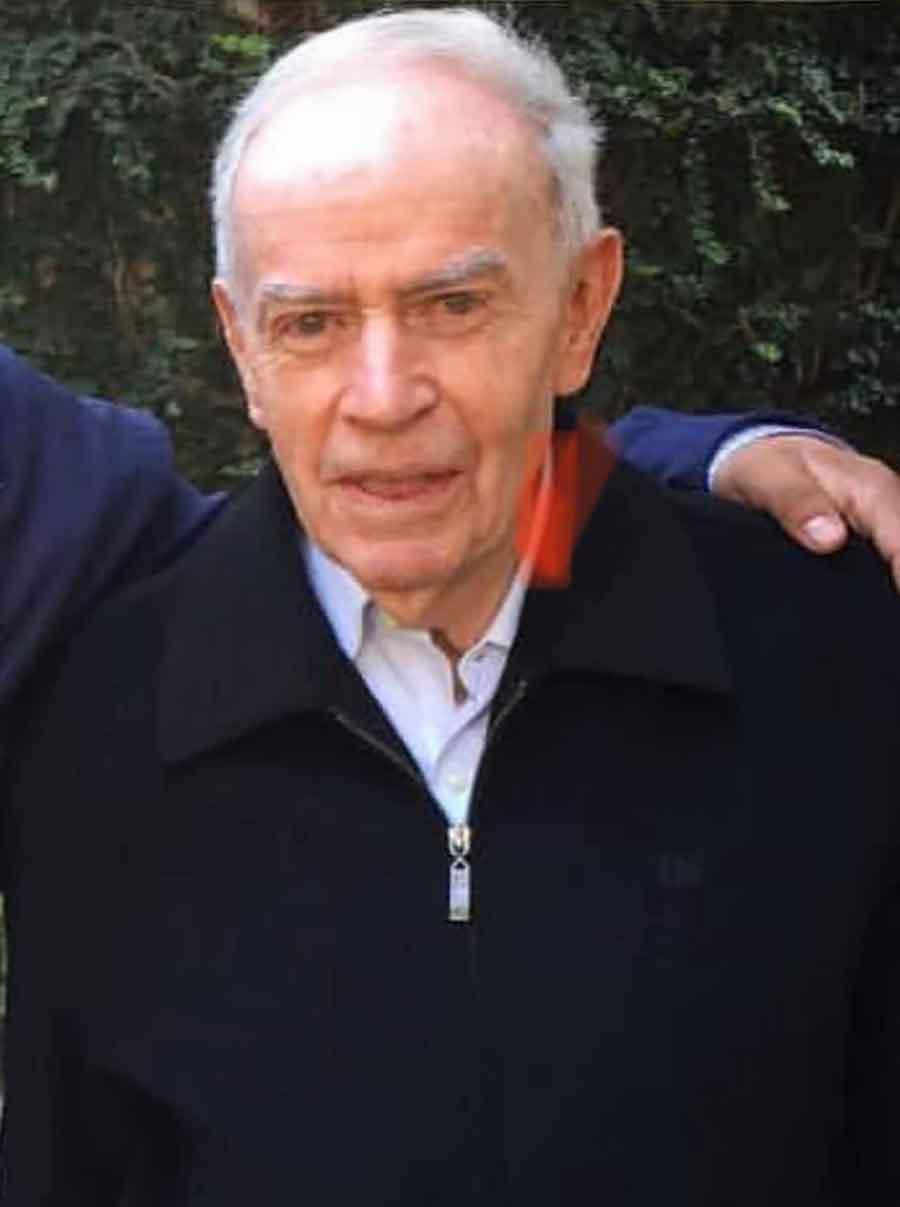Padre Eugenio Páramo
